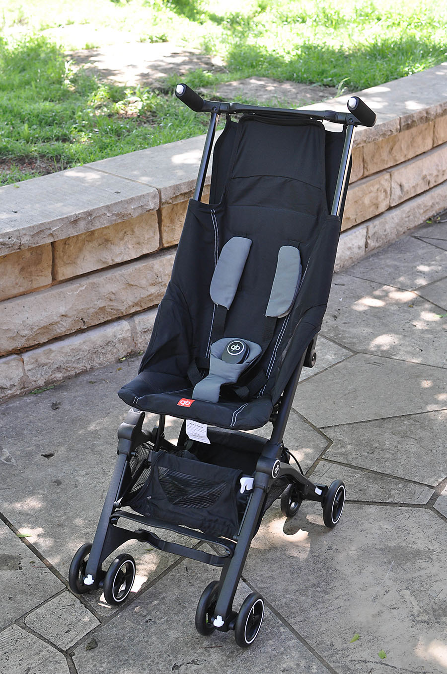 an innovative stroller for travel gb pockit review our. Black Bedroom Furniture Sets. Home Design Ideas