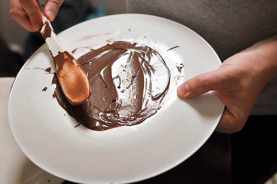 How to Make Chocolate Taco Shells - Wit & Wander