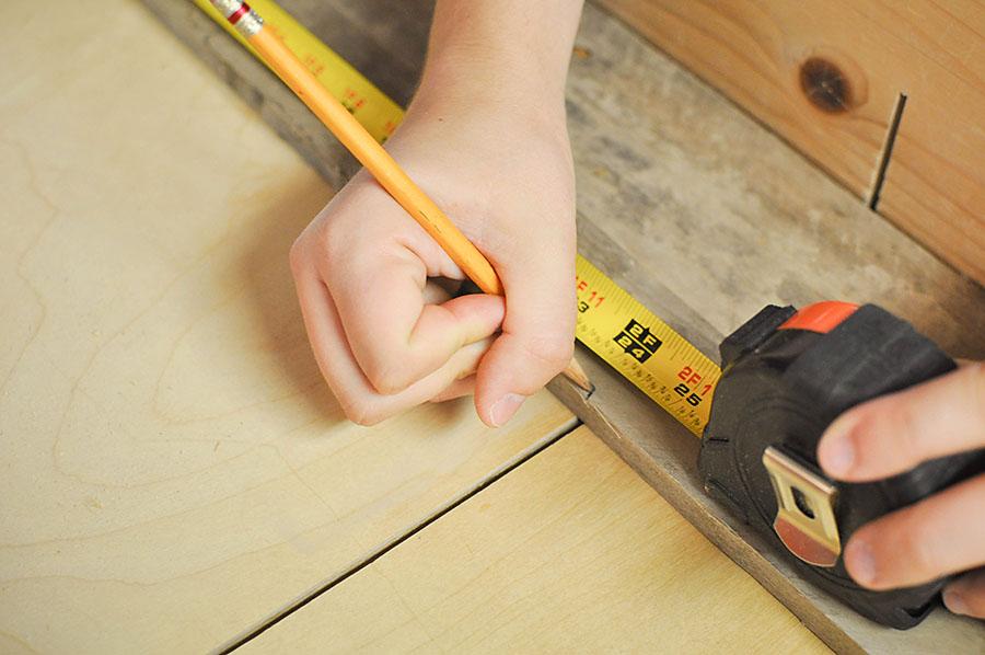 DIY Creative Office Organizing Ideas - DIY Mason Jar Art Supply Organizer - Our Handcrafted Life