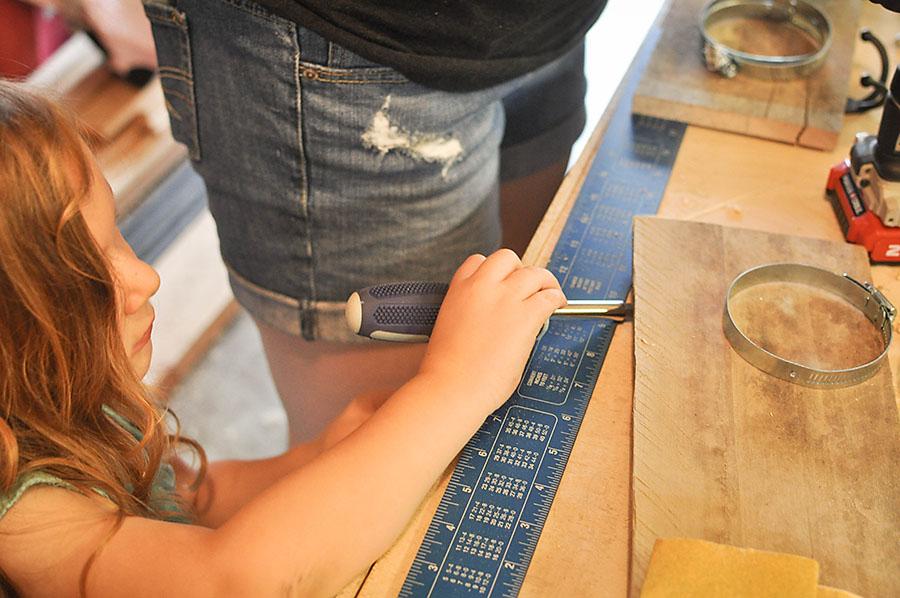 DIY Mason Jar Art Supply Organizer - Our Handcrafted Life 1