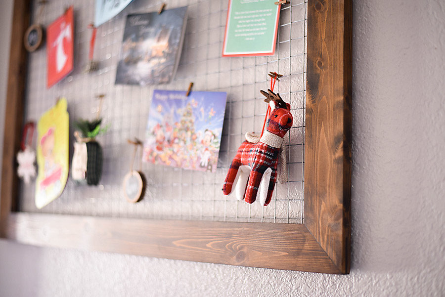 ... DIY Wood And Chicken Wire Christmas Card Holder | Our Handcrafted Life