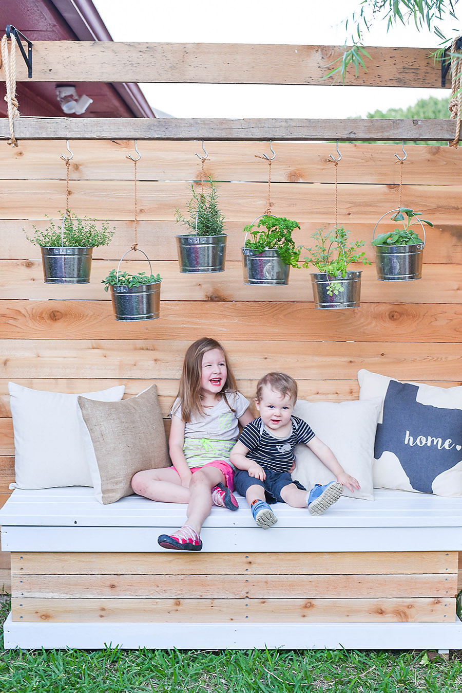 Outdoor Storage Bench - DIY Backyard Box with Hidden ...
